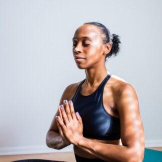Yoga, meditação e ciência: quais são os benefícios dessas práticas comprovados cientificamente?