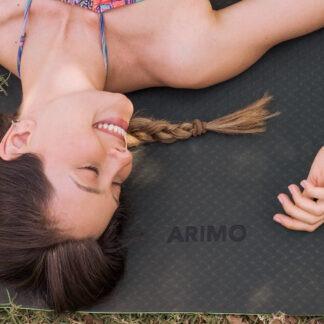 Quantas vezes por semana e qual horário do dia eu devo praticar yoga?